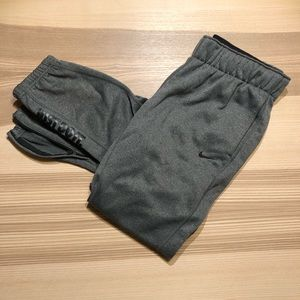 NIKE • ThermaFit Warm Up Joggers